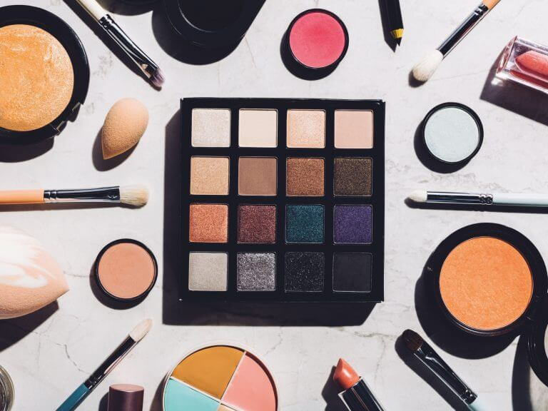How To Become A Make Up Therapist