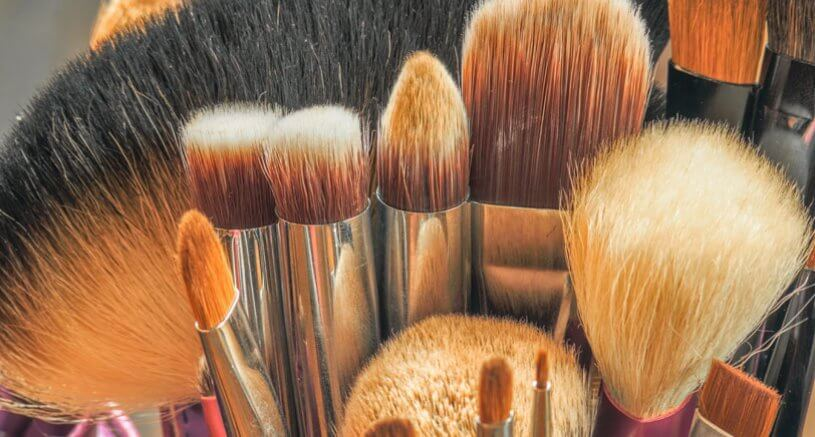 Clean your make-up brushes and sponges like a pro