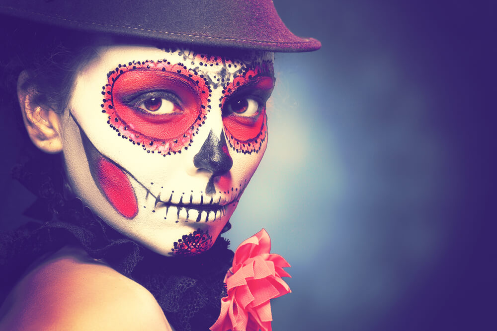 Halloween make-up hacks that let you scare with flair!